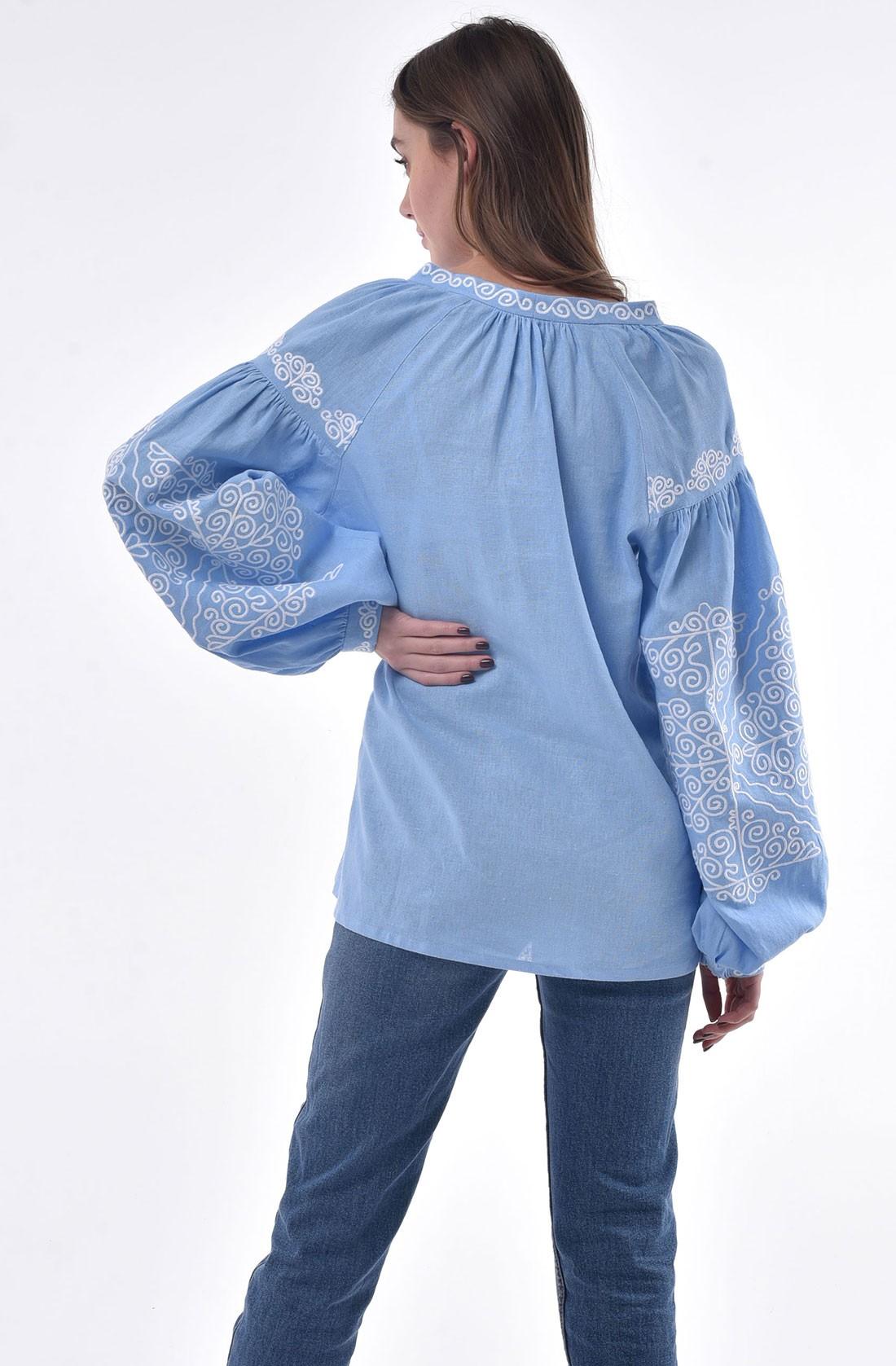Сукня-вишиванка з орнаментом