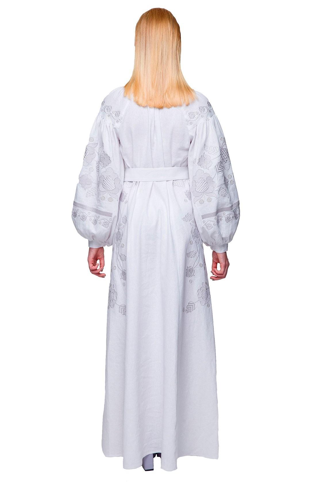 Біла сукня-вишиванка