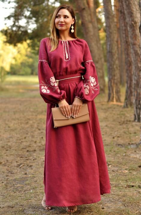 Довга бордова жіноча сукня-вишиванка з льону