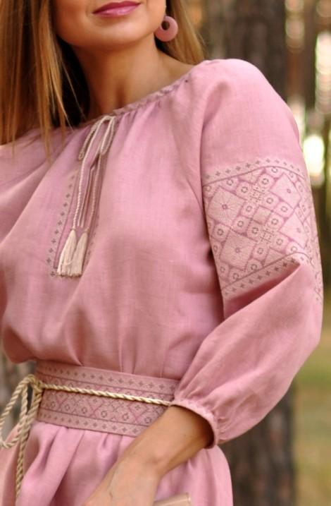 Довга рожева сукня-вишиванка з льону