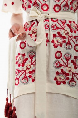 "Dress with embroidery ""The Miracle Tree"""