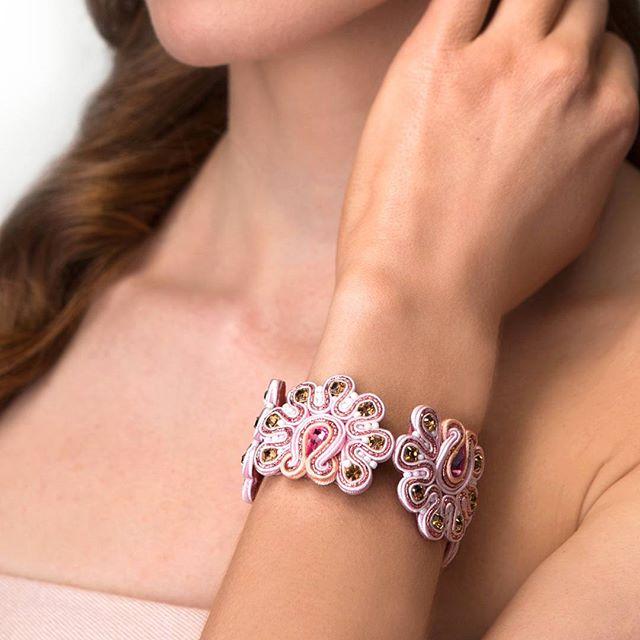 Olga Sergeychuk jewelry: прикраси, осяяні сонцем душі